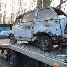 Fiat 500 multipla w drodze do renowacji