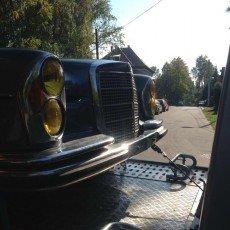 Mercedes w115 na autolawecie