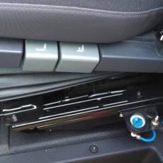 Autolaweta Renault Master 2,3 dCi 165 KM (Euro 5) - element sterujący siedzeniem kierowcy