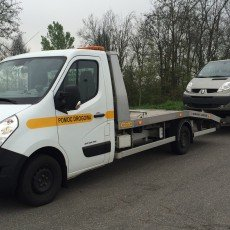 transport Renault Trafic Passenger na autolawecie